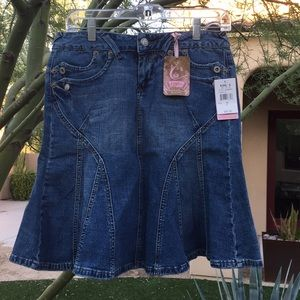 NWT!{Candies} Juniors Size 7 Jean Skirt